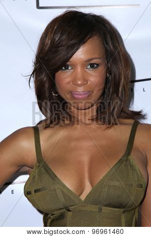 LOS ANGELES - JUL 23:  Elise Neal at the Michael Costello And Style PR Capsule Collection Launch Party  at the Private Location on July 23, 2015 in Los Angeles, CA