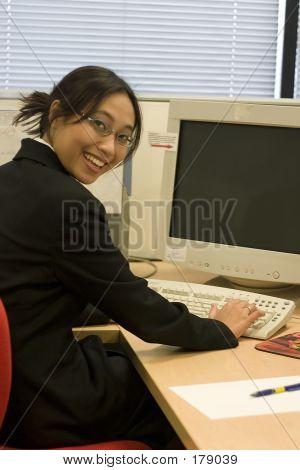Empresaria trabajando