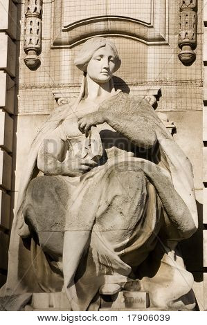 Navigation Allegorical Statue