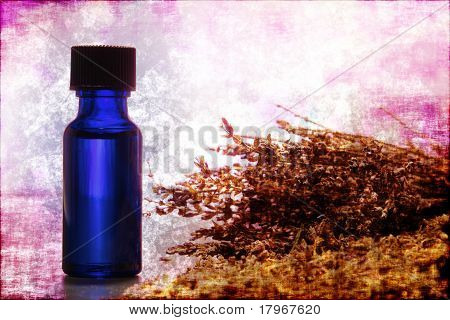 Lavender Extract Aromatherapy Essential Oil Bottle