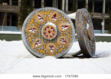 Monumental Rings