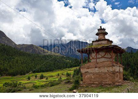 Ancient buddhist chortens in Dolpo, Nepal