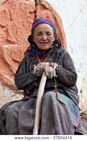 Retrato de mujer tibetana