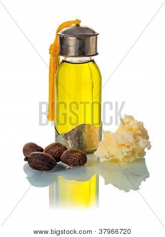 Shea Nuts With Oill And Butter