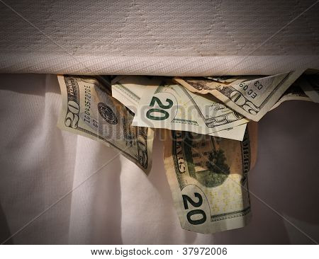 Hiding Money in Mattress