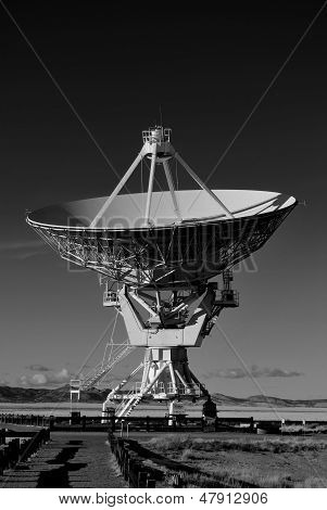 B&W Satellite