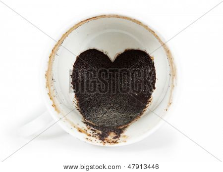 coffee grounds in the form of heart