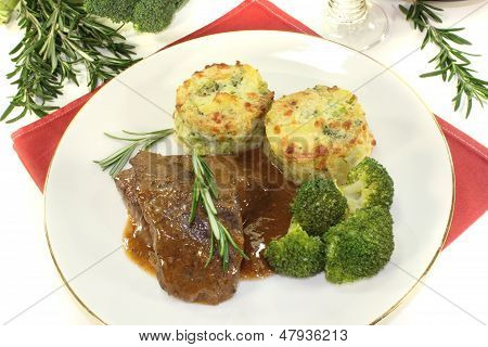 Venison Medallions With Potato Gratin