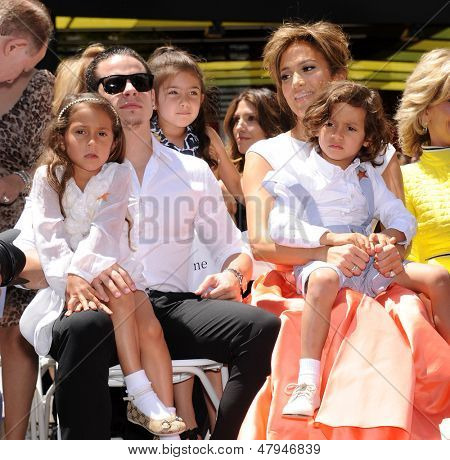 LOS ANGELES - JUN 19:  Jennifer Lopez, Casper Smart, Emme and Max arrives to the Walk of Fame Honors Jennifer Lopez  on June 19,2013 in Hollywoods, CA