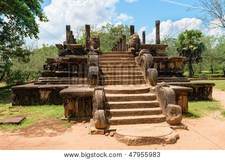 Landmark Of Cultural Triangle In Sri Lanka