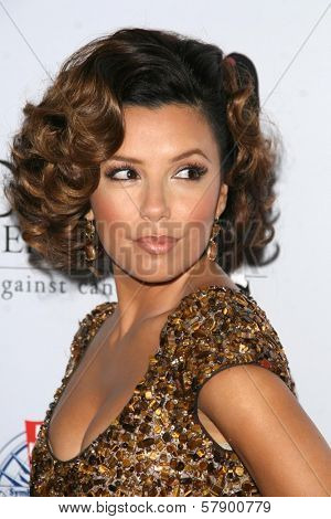 Eva Longoria Parker  at the 8th Annual Padres Contra El Cancer's 'El Sueno De Esperanza' Benefit Gala. Hollywood and Highland Grand Ballroom, Hollywood, CA. 10-07-08