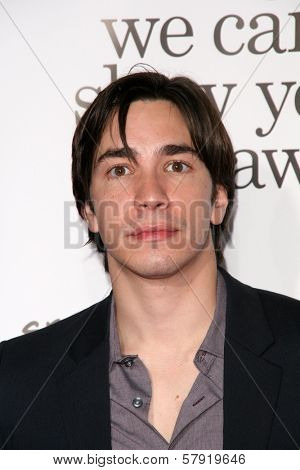 Justin Long  at the Los Angeles Premiere of 'Zack and Miri make a porno'. Grauman's Chinese Theater, Hollywood, CA. 10-20-08