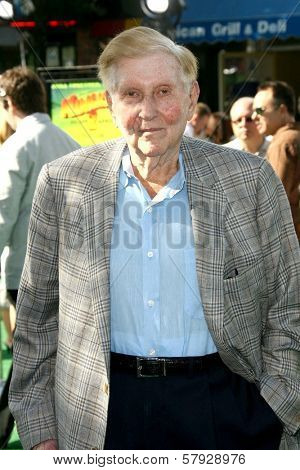 Sumner Redstone  at the Los Angeles Premiere of 'Madagascar Escape 2 Africa'. Mann Village Theatre, Westwood, CA. 10-26-08