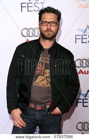 Jason Priestley  at the 2008 AFI Fest Centerpiece Gala Screening of 'The Wrestler'. Grauman's Chinese Theatre, Hollywood, CA. 11-06-08