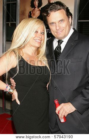 Gloria Kisel and Damian Chapa  at a Special Screening of 'Quantum of Solace'. Sony Pictures, Culver City, CA. 11-13-08