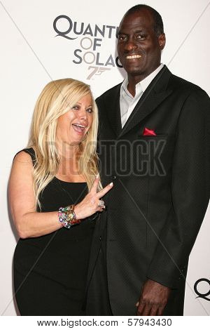 Gloria Kisel and Michael Cooper  at a Special Screening of 'Quantum of Solace'. Sony Pictures, Culver City, CA. 11-13-08