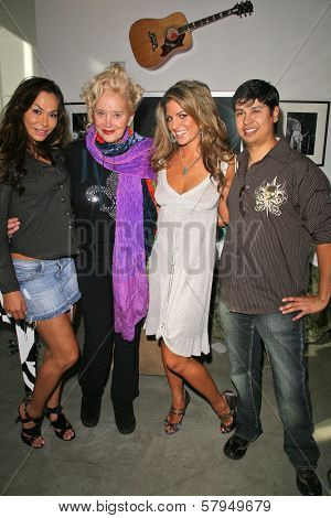 Janet Edwards, Sally Kirkland, Bridgetta Tomarchio and Paul Cruz at an AMA Gifting Suite by ShoeDazzle.com, Gibson Guitars, Beverly Hills, CA 11-21-08