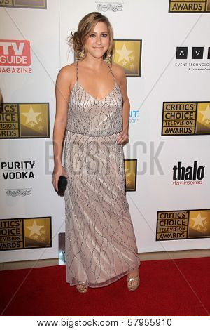Eden Sher at the Second Annual Critics' Choice Television Awards, Beverly Hilton, Beverly Hills, CA 06-18-12