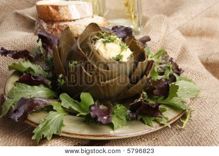 Artichoke hollandaise