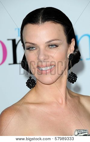 Debi Mazar  at the Los Angeles Premiere of 'The Women'. Mann Village Theatre, Westwood, CA. 09-04-08