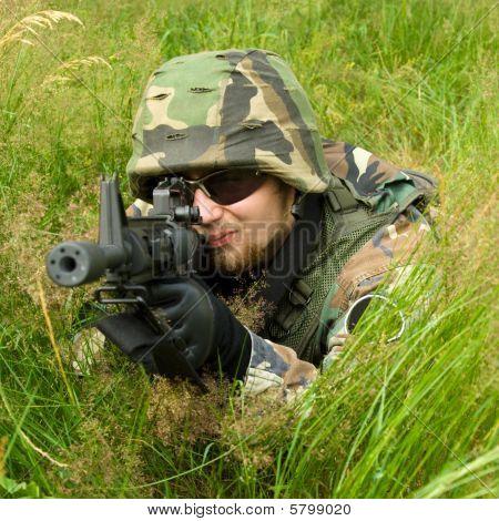 Em uma grama de sniper