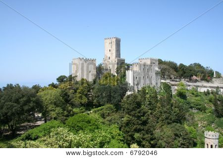 The Castle of Venere