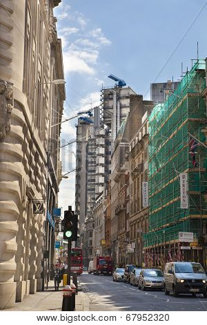 LONDON, UK - JUNE 30, 2014: Bank of England aria, street leading to Lloyeds bank