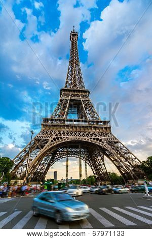 Car in front of Eiffel Tower, Paris, France