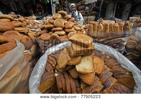 Biscuit Seller