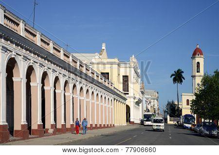 Avenida 56 in Cienfuegos, Cuba