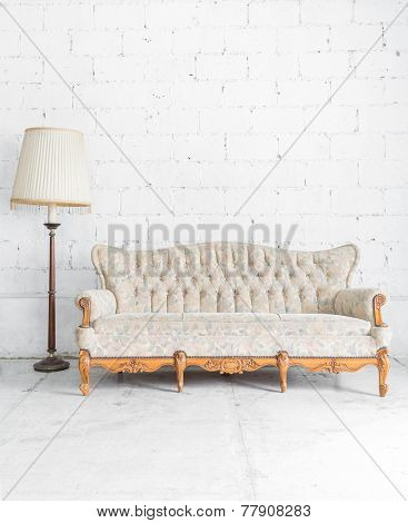 Vintage classical style Sofa bed with lamp