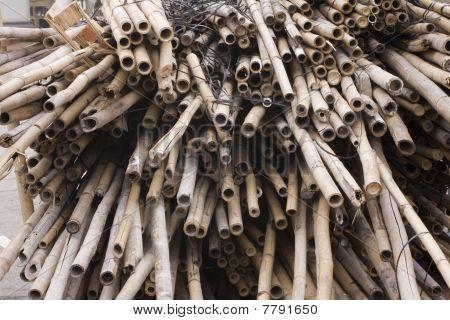 Bambusse für chinesische Baustelle