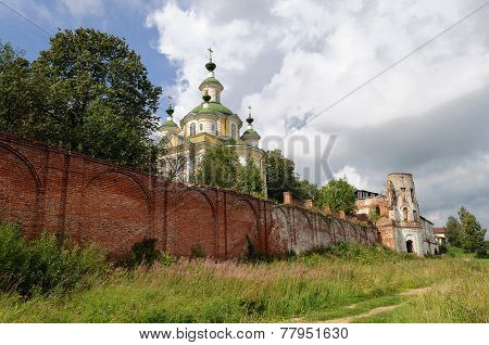 Ruins Of Ancient Spaso-sumorin Monastery Monastery In Totma