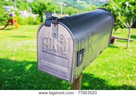 Country Letterbox  On The Wall