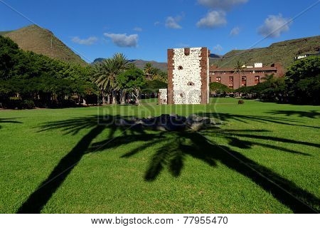 The Torre del Conde, the tower of the earl, is the only medieval fortification at the island of La Gomera