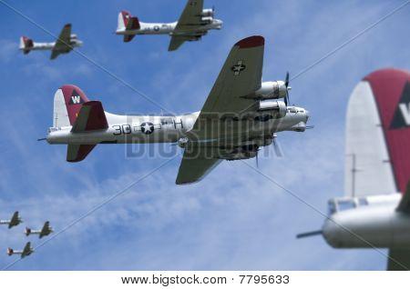 USAF B17 Bomber Raid