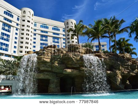 Hard Rock Tropical Pool