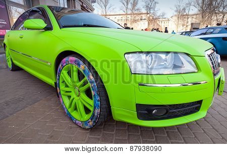 Bright Green Sporty Styled Audi S8 Car