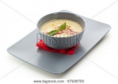 Creamy Broccoli Soup with Bacon