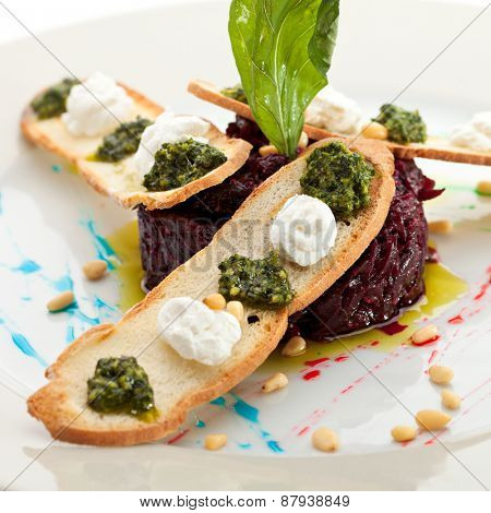Beetroot Salad with Dried Crust and Pesto Sauce