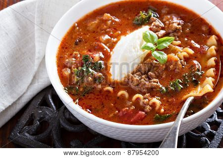 Lasagne soup with ground beef