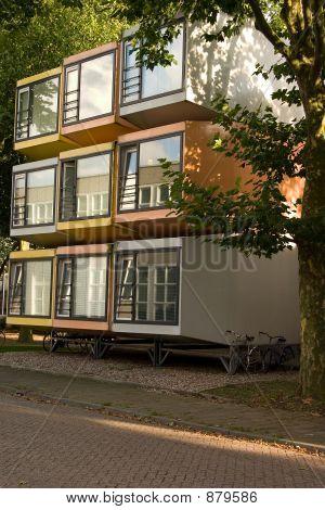 Cube Housing