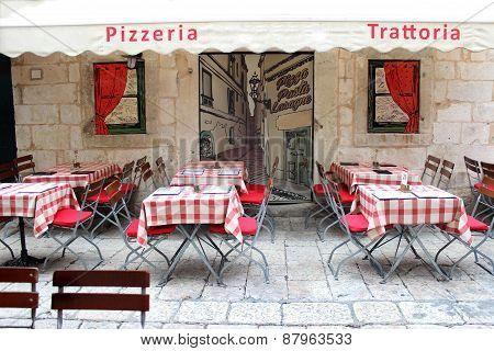 Italian Trattoria Pizzeria