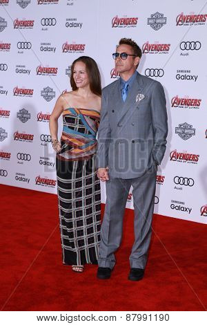 LOS ANGELES - FEB 13:  Susan Downey, Robert Downey Jr at the