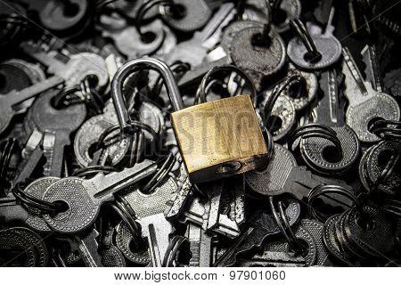 unlock security lock on a bunch of keys