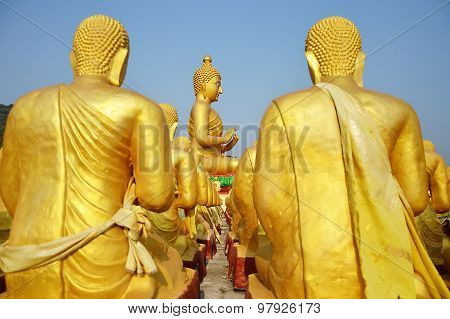 Buddha Day of the full moon monument