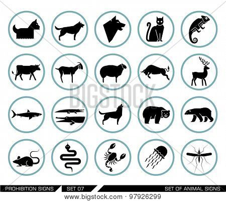 Set of animal icons. Collection of different animal icons in pictogram style. Vector illustration.