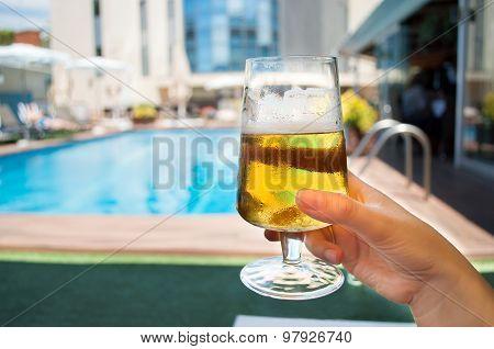 Cerveza Fría En Una Terraza