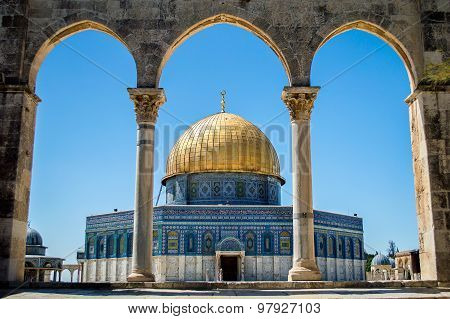 Dome Of The Rock On The Temple