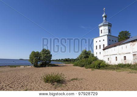Michael's Tower (Church of the Archangel Michael), St. George Monastery. Velikiy Novgorod.